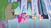 Pinkie Pie the tour guide S03E12