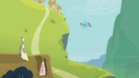 Rainbow Dash and the hill S2E08