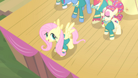 Fluttershy about to fly S4E14