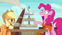 Pinkie Pie --I can fit them all in my mouth!-- S6E22