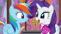 """Rarity """"cheer for my favorite player"""" S8E17"""