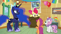 """Apple Bloom """"let's put together a care package"""" S5E4"""