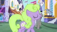 Ponies in Canterlot S3E1