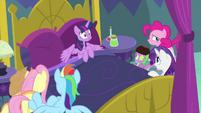 Twilight Sparkle starts feeling side effects MLPS2