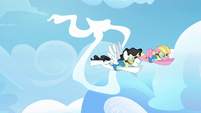 Two pegasi going thorugh the cloud ring S3E07