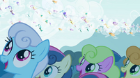Ponyville watching the Breezies S4E16