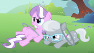 S02E06 Klaczki zazdrosne o Apple Bloom