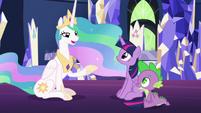 Celestia tells Twilight and Spike a story S7E1