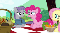 Pinkie Pie -They are crunchy!- S4E18