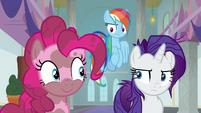 Rainbow and Rarity look unamused at Pinkie S8E15
