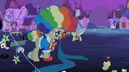201px-Mayor Clown S2E4