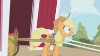 Applejack surprised S01E05