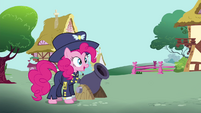 Pinkie Pie as General Firefly with a cannon S4E21
