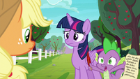 "Spike ""doesn't sound like Rarity or Pinkie Pie"" S6E22"