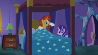 Sunburst asks Starlight for some privacy S7E24