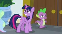 Twilight and Spike looking awkward S8E7