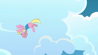Meadow Flower flying in a circular motion S3E07