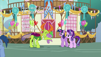 Thorax hugging Spike with gratitude S7E15