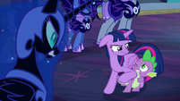 Twilight nudges Spike S5E26