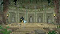 Daring and RD venture into the temple S9E21