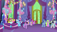 Discord vanishes away from Twilight again S7E1