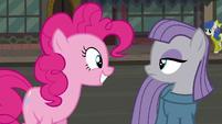 """Pinkie Pie """"Pie Sisters' Surprise Swap Day..."""" S6E3"""