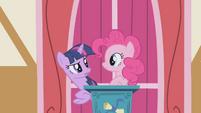 Pinkie Pie with Twilight S1E04