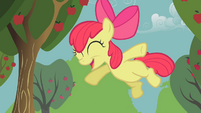 Apple Bloom jump S01E12