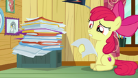 Apple Bloom looking at CMC client file S7E6
