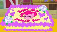 S01E25 Tort urodzinowy Pinkie