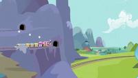 Train headed for Ponyville S3E2