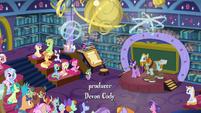 Twilight introducing Professor Rockhoof S8E21
