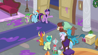 Twilight invites the Young Six to dinner S8E16