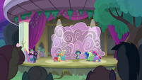 Young Six go on stage in ruined costumes S8E7