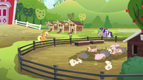 Applejack --expect them to get better-- S6E10