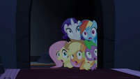 Main ponies and Spike scared S4E03