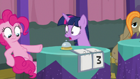 Pinkie's stomach starts to rumble S9E16