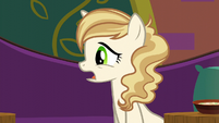"""Sweet Biscuit """"Rarity and her friend said it was good"""" S6E12"""