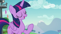 """Twilight """"thanks to Pinkie's connections organizing the Ponypalooza Rock Concert"""" S5E24"""