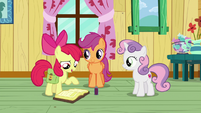 "Apple Bloom ""dab a little on our hooves"" S9E12"