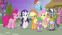Ponies looking concerned S4E2
