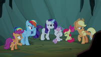 Pony sisters taking shelter inside the cave S7E16