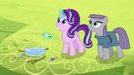 S07E04 Starlight i Maud puszczają razem latawce