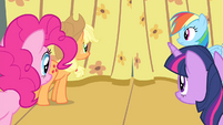 Twilight and friends looking at curtain S4E14
