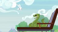 Angel hopping toward Antoine the snake S9E18