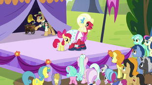 """Apple Bloom and Orchard Blossom """"it's not always perfect"""" S5E17.png"""