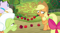 """Applejack """"and sprung all our traps"""" S9E10"""