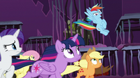 """Rainbow Dash """"bust our way out!"""" S8E26"""