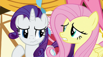 Rarity and Fluttershy looking confused S8E18