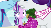 Starlight watches the argument get worse S8E17